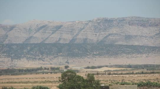 Salute e ambiente in Tunisia. Discariche incontrollate nei villaggi rurali a nord-ovest del paese