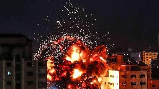 Gaza, ancora un altro Ramadan sotto il rumore assordante dei bombardamenti
